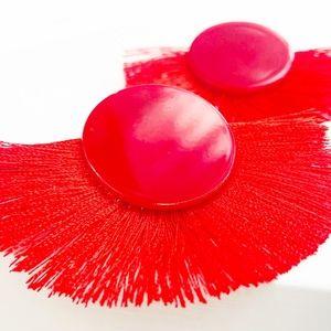 CLOSET REHAB Jewelry - Fan Fringe Stud Earrings in Red